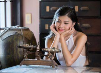 Bộ ảnh Cô Lang Y gợi tình (Full HD) đang gây bão mạng xã hội